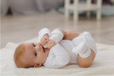consejos proteger bebé del calor