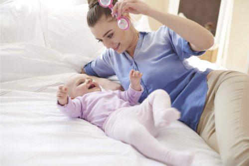 evitar regurgitación bebés